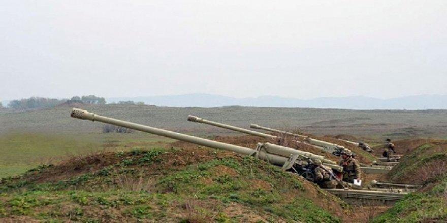 Azerbaycan-Ermenistan Sınırındaki Çatışma Sürüyor