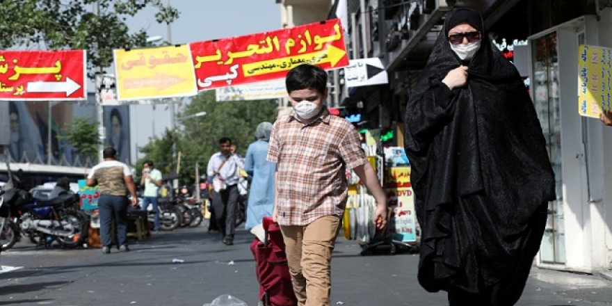 İran'da 203 Kişi Daha Koronavirüsten Öldü