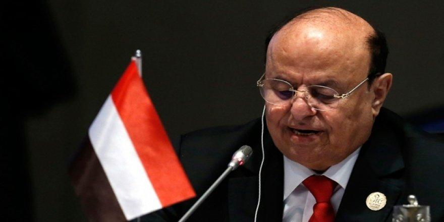 Islah Partisi: Bölgesel Güçler, Yemen Cumhurbaşkanı'nı Görevinden Uzaklaştırmak İstiyor