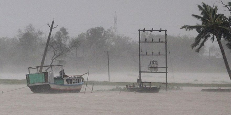 Bangladeş'te Seller Nedeniyle 1 Milyondan Fazla Kişi Mahsur Kaldı
