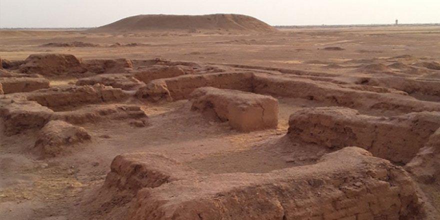 Fransız Arkeologlar Suriye'de Gizli Kazı Çalışması Yapıyor
