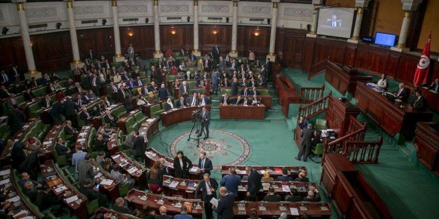 Tunus'ta Nahda Partisinden 6 Bakan Görevden Alındı