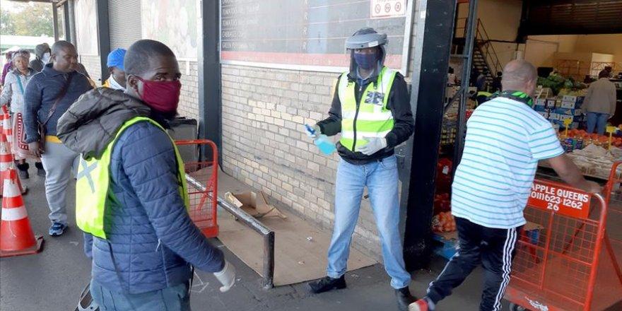 Güney Afrika Cumhuriyeti'nde Kovid-19 Vaka Sayısı 373 Bin 628'e Yükseldi