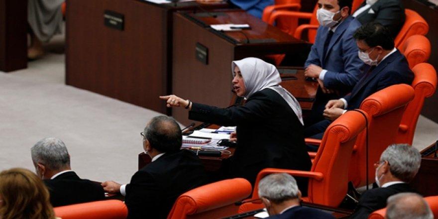 Özlem Zengin'den HDP'lilere: Neden mağdur kadına avukatlık yapmadınız?