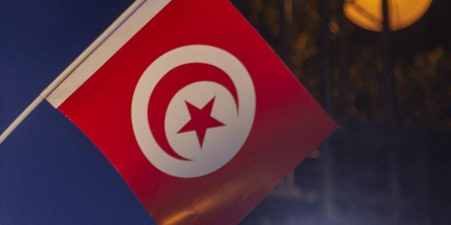 Tunus'ta Nahda Hareketi iki kişiyi başbakanlığa aday gösterdi