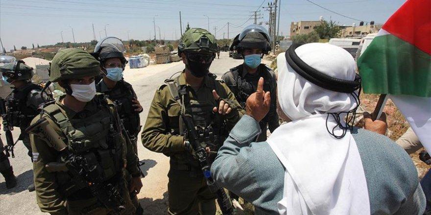 İşgal güçlerinden, Batı Şeria'da Yahudi yerleşim birimleri protestosuna müdahale