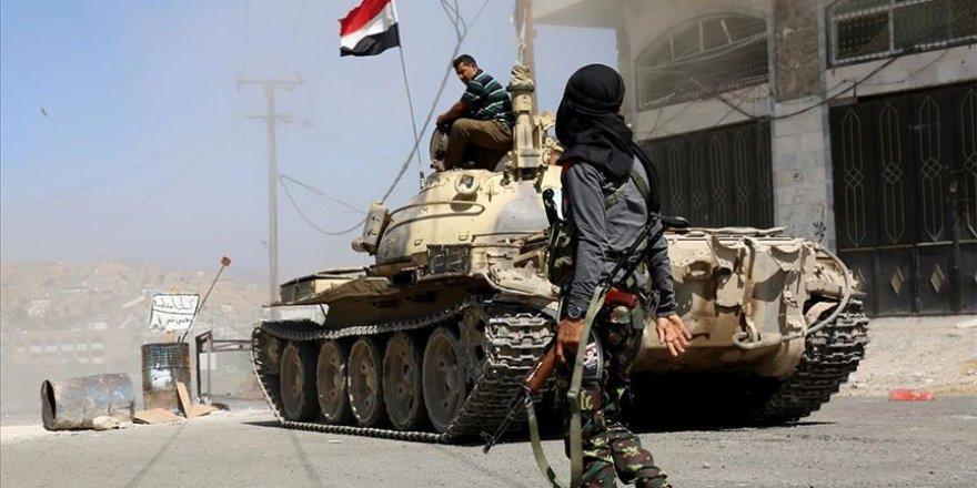Yemen'in güneyinde BAE destekli güçler ile ordu birlikleri arasındaki çatışmalar şiddetleniyor