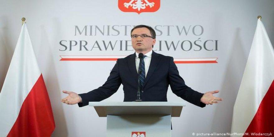 İstanbul Sözleşmesi'ne Polonya'dan darbe