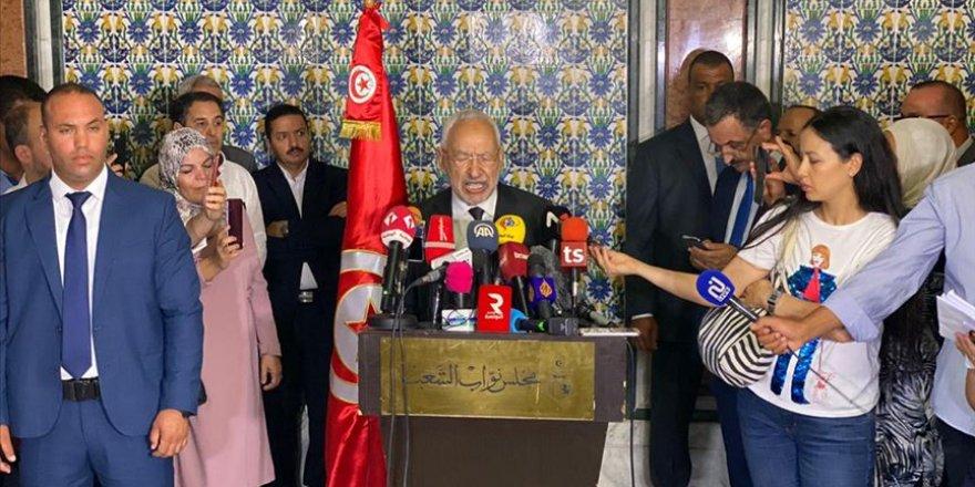 Tunus Meclis Başkanı Gannuşi yeniden güvenoyu aldı