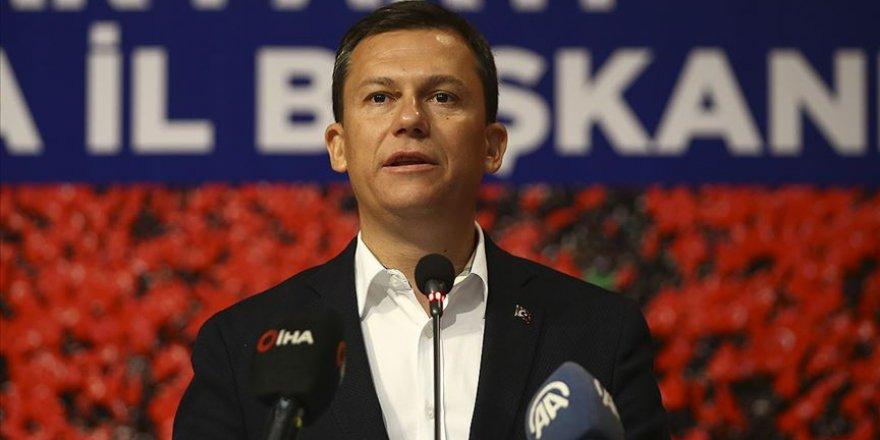 AK Parti, Partiyi eleştiren Dilipak'a dava açmaya hazırlanıyor!