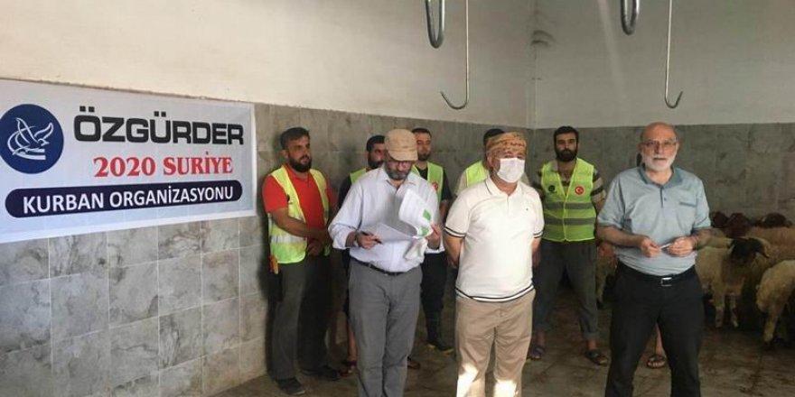 Özgür-Der gönüllülerinin kurbanları Suriye'de kesildi