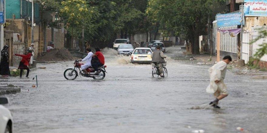 Afganistan'da sel nedeniyle 16 kişi hayatını kaybetti