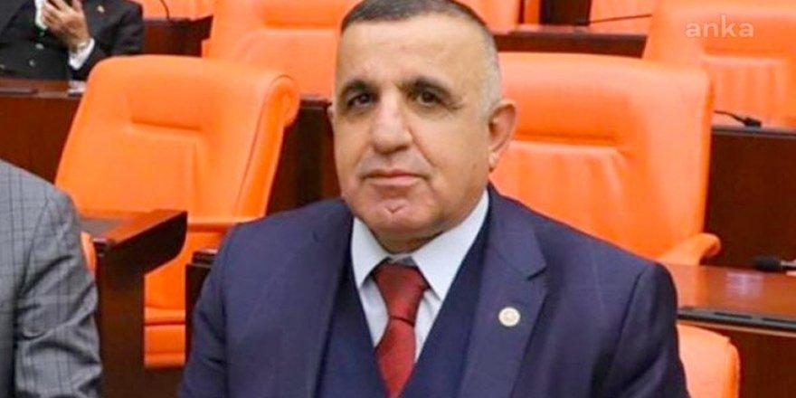 AK Partili Ahmet Akay da koronavirüse yakalandı