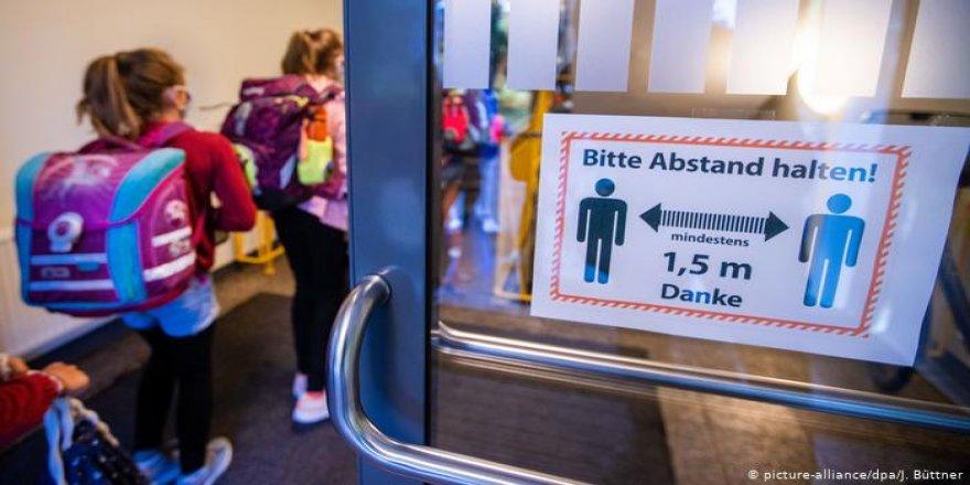 Almanya'da okulların koronavirüs sınavı