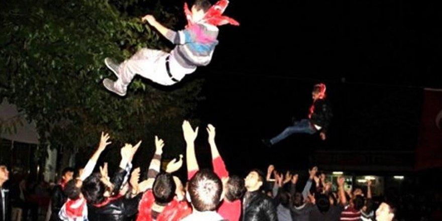 İstanbul'da Toplu Asker Uğurlaması Yasaklandı