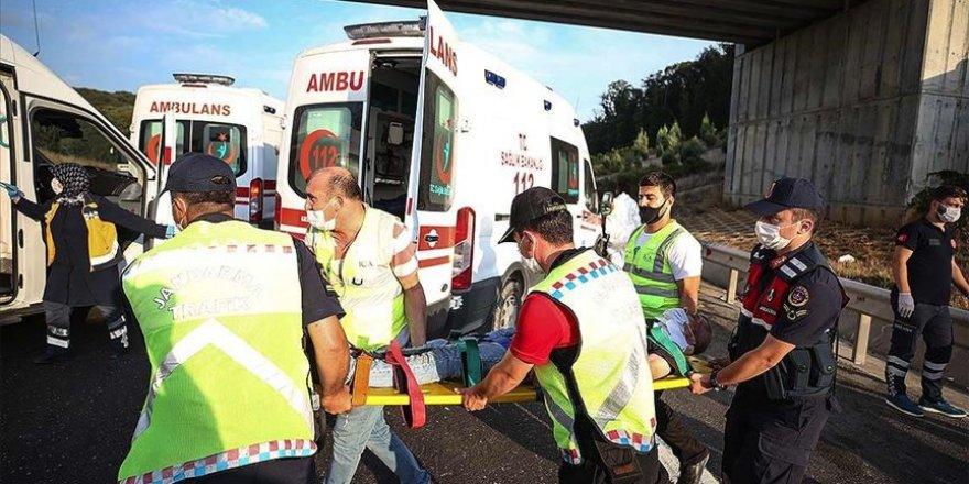 Kuzey Marmara Otoyolu'da otobüs kazası: 5 ölü, 25 yaralı