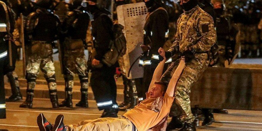 Belarus'ta seçim protestoları sürüyor