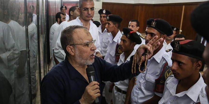 İhvan'ın liderlerinden İsam Aryan, Sisi cuntasının zindanında vefat etti