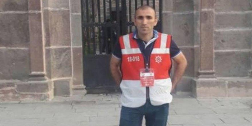 Sokak kısıtlamasında bebeğe emzik götüren polis memuru vefat etti