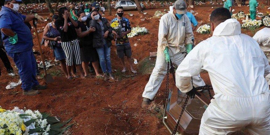 ABD'de koronavirüs kaynaklı ölü sayısı azalmıyor