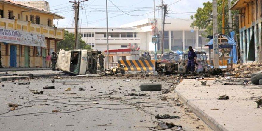 Somali'de otele bombalı saldırı