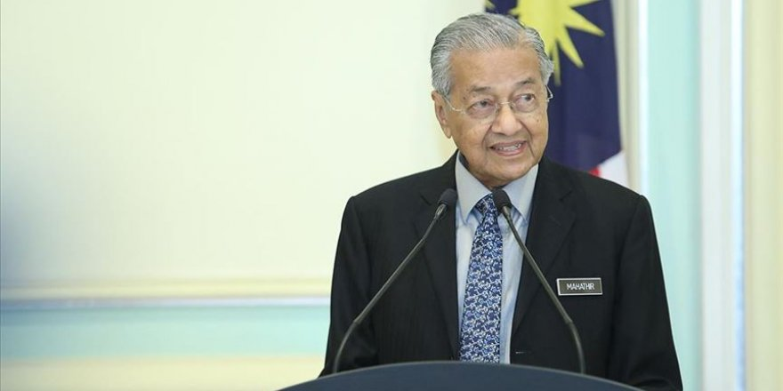 Partisinden ihraç edilen Mahathir Muhammed, yeni parti kurdu