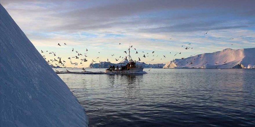 Grönland'da 2019'da rekor düzeyde buzul eridi