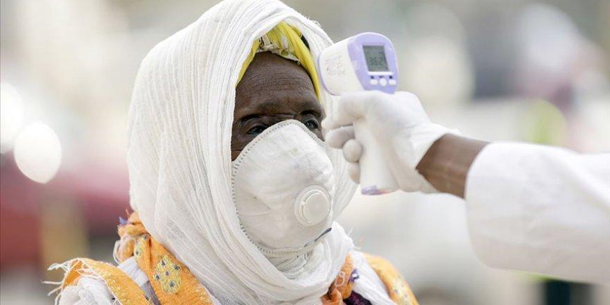 Dünya genelinde Kovid-19 tespit edilen kişi sayısı 22 milyon 875 bini geçti