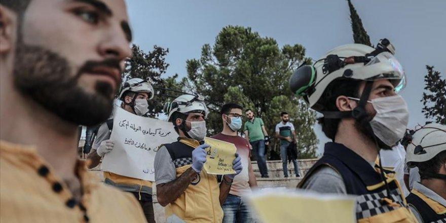 Doğu Guta'daki kimyasal silah katliamı İdlib'de protesto edildi