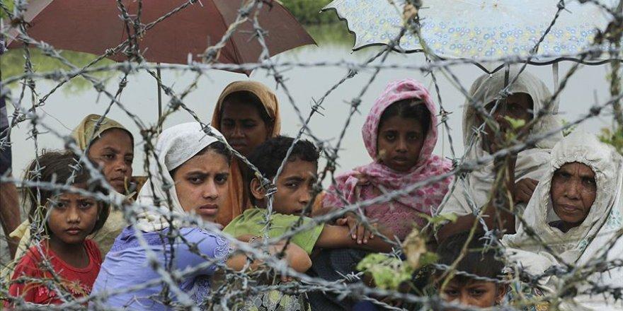 Arakanlılar çatışmalar nedeniyle çapraz ateş altında