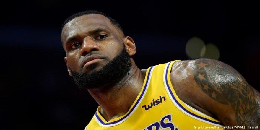 """LeBron James: """"Biz siyahlar korku içinde yaşıyoruz"""""""