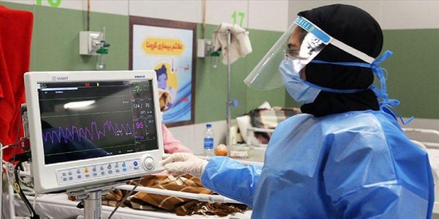 İran'da 3 bin 500 yeni vaka ve 190 ölüm kaydedildi