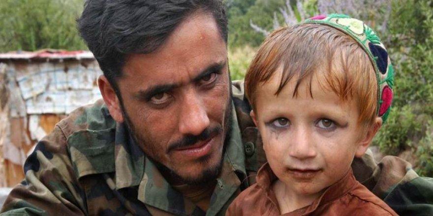 Afganistan'da Kabil yönetimi, ordu mensuplarının çocuk istismarına göz yumuyor