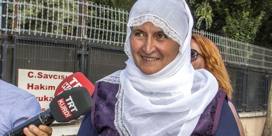 Oğlunu PKK'dan kurtaran Hacire anne, şimdi torununu seviyor