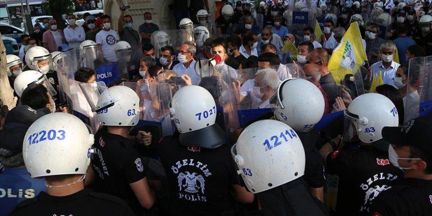 HDP'nin Şanlıurfa'daki yürüyüşünde 5 kişi gözaltına alındı