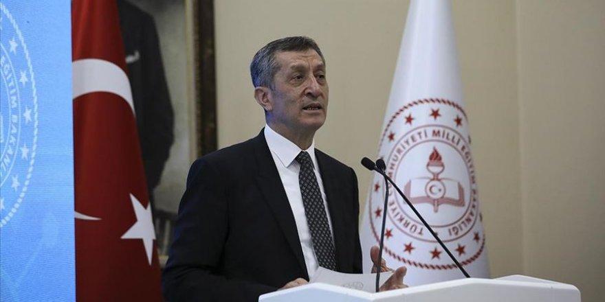 Milli Eğitim Bakanı Selçuk'tan İmam-Hatip liseleriyle ilgili sözlere tepki