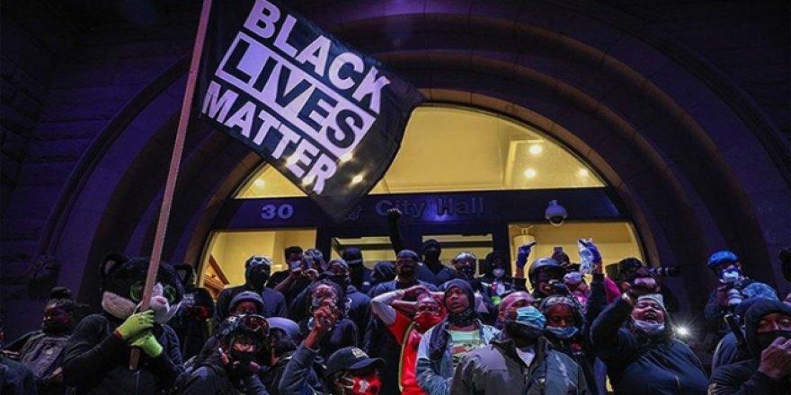 ABD'de polis şefinden ırkçı cinayet istifası