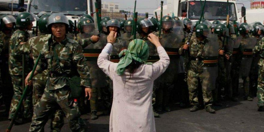 Sessizliğe gömülen dünya karşısında Çin'in Doğu Türkistan'a zulmü