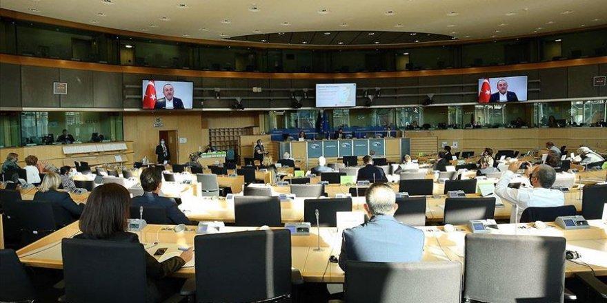 Bakan Çavuşoğlu: Yunanistan Türkiye ile samimi diyaloğa açık değil