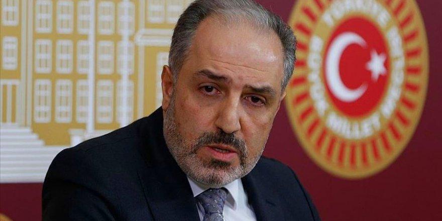 Yeneroğlu'ndan avukatların gözaltına alınmasına tepki