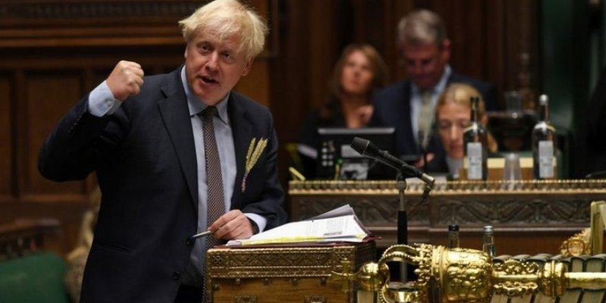 İngiltere hükümeti Avrupa İnsan Hakları Sözleşmesi'nden geri adım atmaya hazırlanıyor