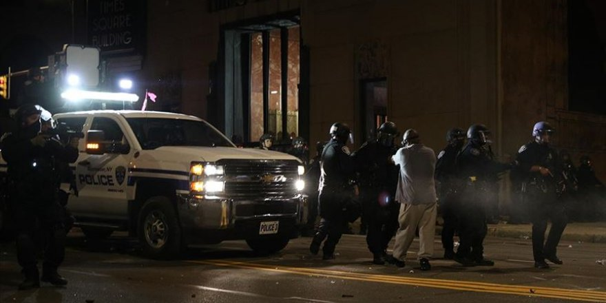ABD'de  siyahi Prude'un gözaltına alınması esnasında ölümü nedeniyle polis şefi kovuldu