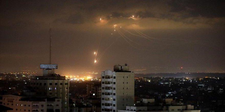 Siyonist İsrail, Gazze'de Hamas'a ait noktaları vurdu