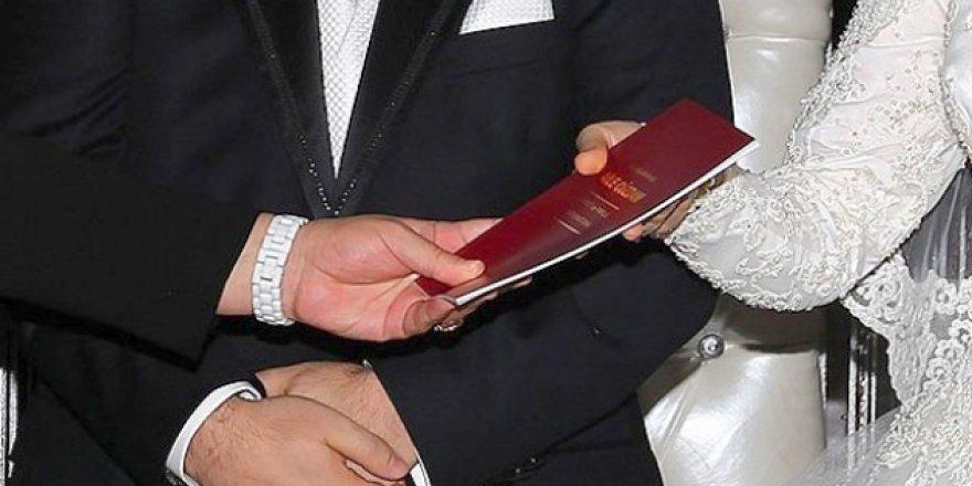 Sicilya'da evliliğe teşvik için 3 bin Euro'ya kadar ikramiye