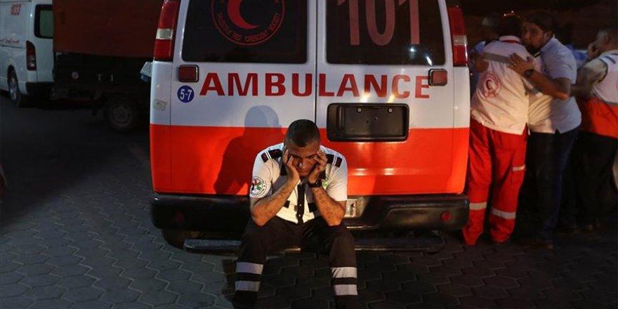 Siyonistlerin attığı ses bombası nedeniyle Filistinli bir doktor hayatını kaybetti