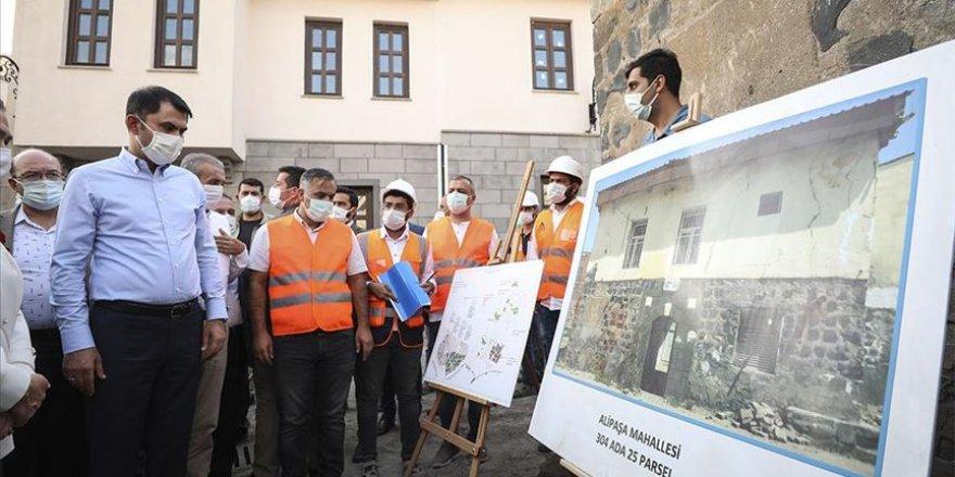 Bakan Kurum: 506 konut ve tescilli 347 adet yapı dışında Sur içerisinde yapılaşmaya müsaade etmeyeceğiz