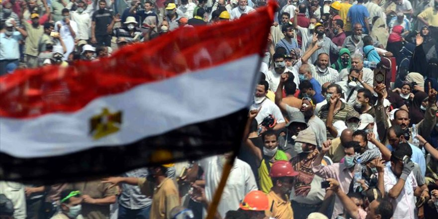 Mısırlı muhalif Muhammed Ali, halkı gösterilere devam etmeye çağırdı