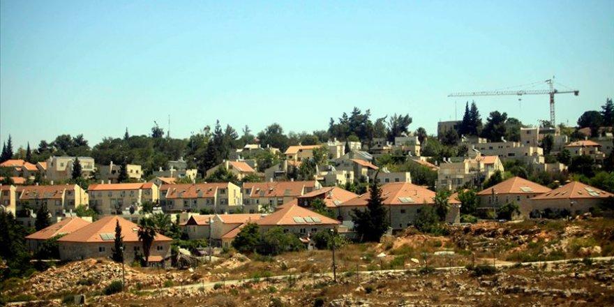 Siyonist İsrail, kuzey sınırında 600 korunaklı sığınak inşa etmeye başlıyor