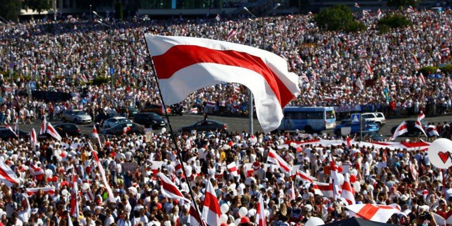 Lukaşenko'nun yemin töreni sonrası Belarus sokakları karıştı