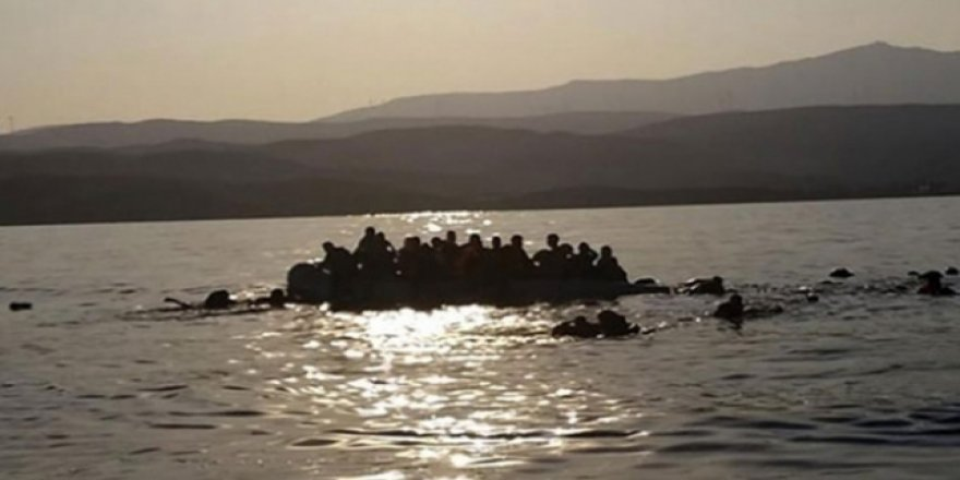 Libya açıklarında 15 göçmen boğuldu